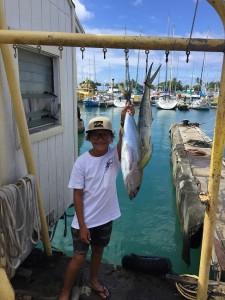 ワイキキ沖 親子で釣りに行く& 釣りたて魚の料理法