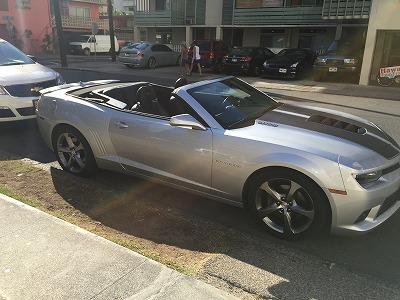 ハワイでレンタカーするならいつも乗れないこんな車でアメリカンな気分!